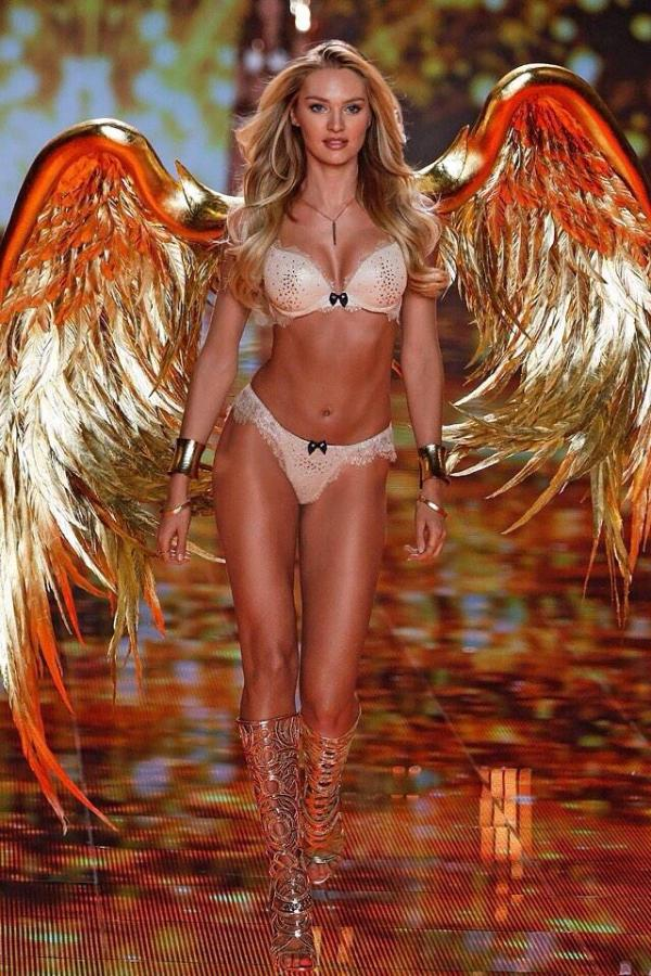 cristinaphotography_victoria_secret_fashion_show_models_gold_wings_2014