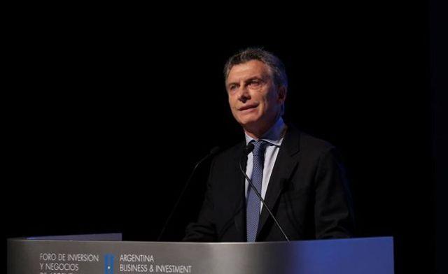 12393512w - Macri resiste a su primer año en el Gobierno con expectativas favorables
