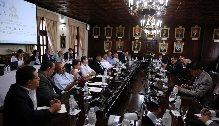 En la reunión con represetantes de la prensa, participó además del presidente Hernández, el titular del Poder Legislativo, Mauricio Oliva.