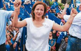 Sandra Deras Rivera durante su campaña.