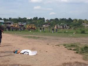 Sobre el cuerpo de José Fernando , escontraban los casquillos de fusil M-16, de uso militar.