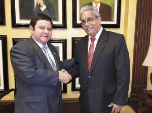 Jorge Rivera Avilés  junto a Ricardo Rodríguez quien será presidente de la Junta Nominadora.