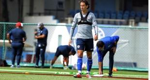 Corta Lichnovsky rumores en Cruz Azul