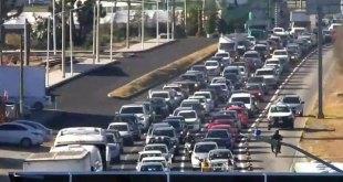 Tráfico intenso en la carretera México-Pachuca
