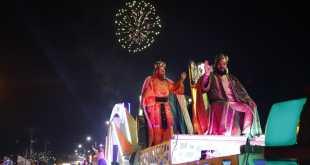 Los Reyes Magos recorrieron Pachuca con una mágica cabalgata