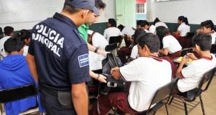 Revisión a Mochila en escuelas de Hidalgo