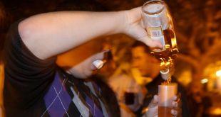 Alarma consumo de alcohol entre menores a secretaría de Salud