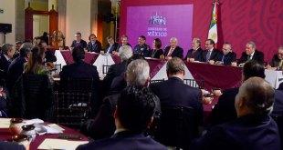 Sablea López Obrador a 75 empresarios con mil 500 mdp