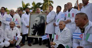 Cuba envía médicos que combatieron el ébola para ayudar a Italia