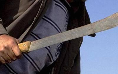 Asesinan a machetazos a un hombre en Molango