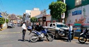 Arrestan a dos por asaltar tienda y balear patrulla en Tulancingo
