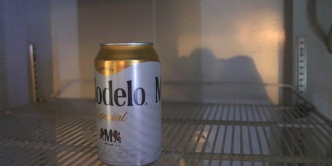 """Prohíben la venta de bebidas alcohólicas """"a la de ya"""" en Pachuca"""