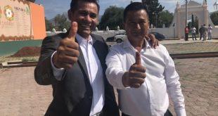 Pascual Charrez promueve a su hermano en redes