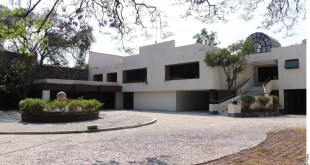 Compran casa de 'El Señor de los Cielos' en 49 millones de pesos