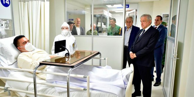 Inaugura Obrador hospital 'enfermos' simulados