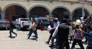 """Con disparos de arma de fuego, """"rescatan"""" a Pascual Charrez en Ixmiquilpan"""
