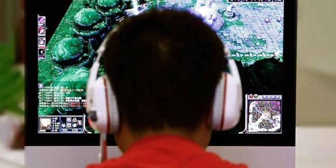 Adolescente sufre derrame cerebral por jugar videojuegos 22 horas seguidas