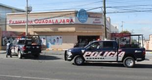 Detienen a dos mujeres por robo en farmacia en Pachuca