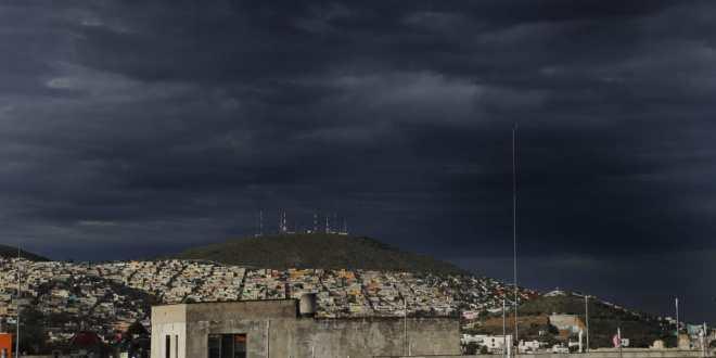 Continúa Hidalgo con fuertes lluvias y vientos este jueves