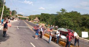 Bloquean vía federal México-Tampico por falta de agua