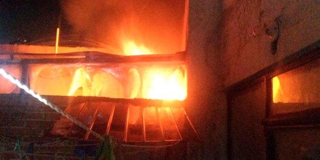 incendia pollería Ciudad Sahagún