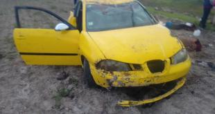 Deja accidente automovilístico en Acatlán varios lesionados