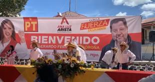 Lanzan, otra vez, huevos a Fernández Noroña en Hidalgo