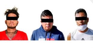 Detienen a tres sujetos con droga en Tezontepec de Aldama