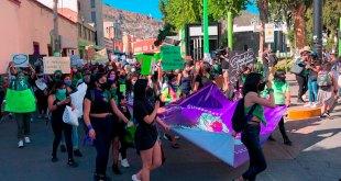 Marchan feministas Pachuca aborto seguro
