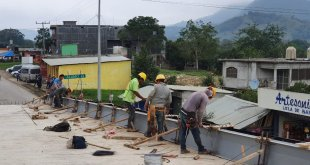 Piden a SCT atender invasiones en carretera Pachuca-Huejutla