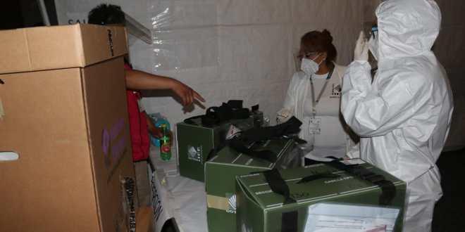 Consejo municipal de La Reforma comenzó a recibir paquetes con votos