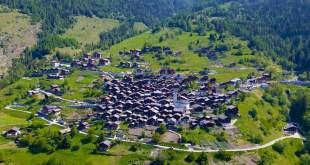 ¿De verdad pagan 70 mil dólares por ir a vivir a Albinen, Suiza?