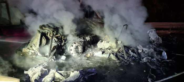 Tractocamión choca y se incendia en Tepeji del Río