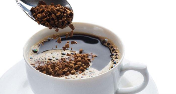 Estudio afirma que más de 2 tazas de café al día reduce 44% el riesgo de muerte
