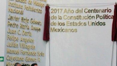 Letras oro Congreso homenaje trabajadores Salud