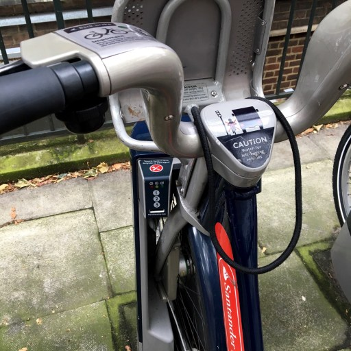 santander-cycles-docking-station