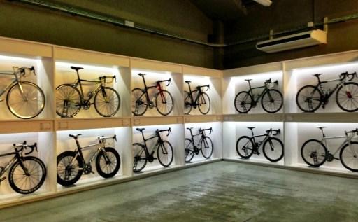 pave-bike-display