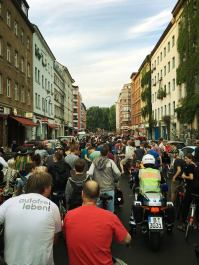 CM Berlin, Juli 2016 Kaum ein Durchkommen zum Treffpunkt Mariannenplatz