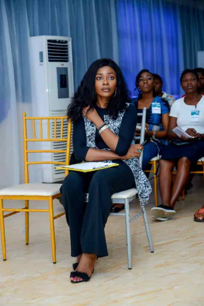 """""""Exposure nur dey full belle, stop working for free"""" - StarGirl Elile Favour [See Details] 