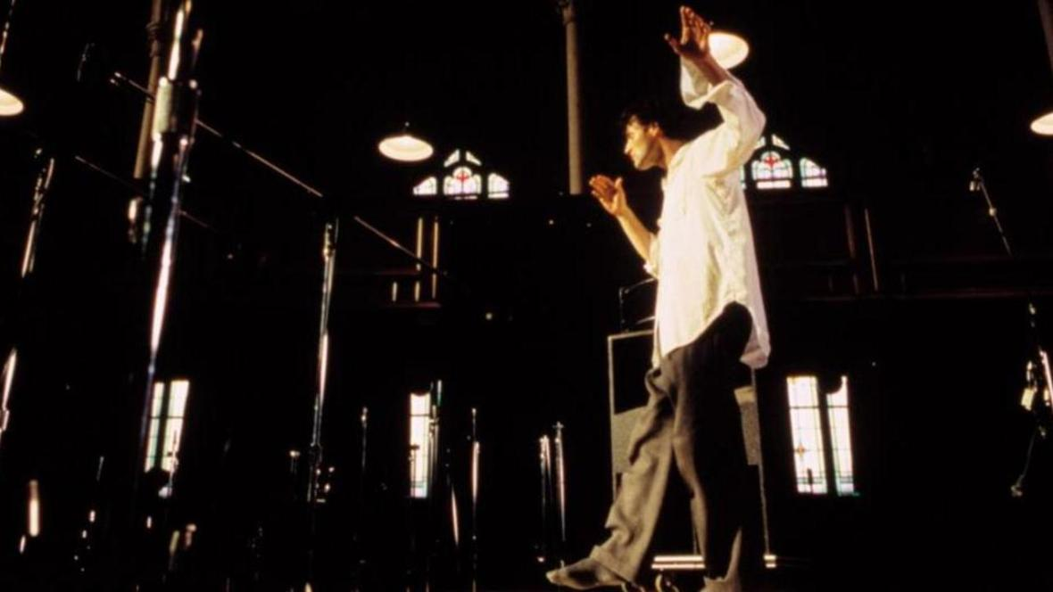 thirty-two-short-films-about-glenn-gould