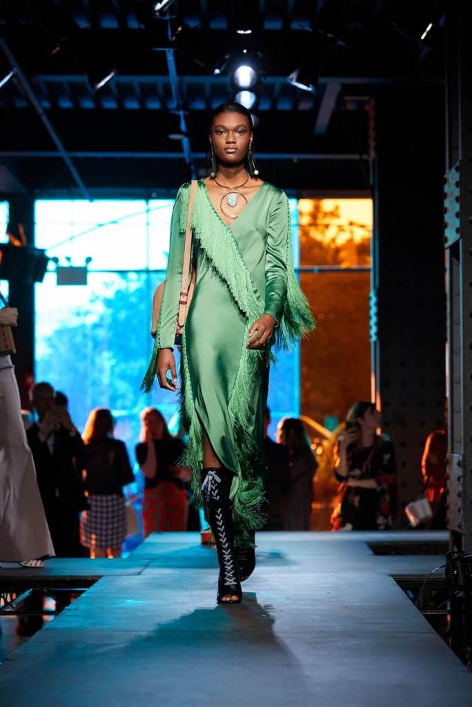 DVF Spring 2018 - Semana de Moda de Nova York - NYFW - Crivorot & Scigiliano - Marcia Crivorot - Personal Stylist em Nova York