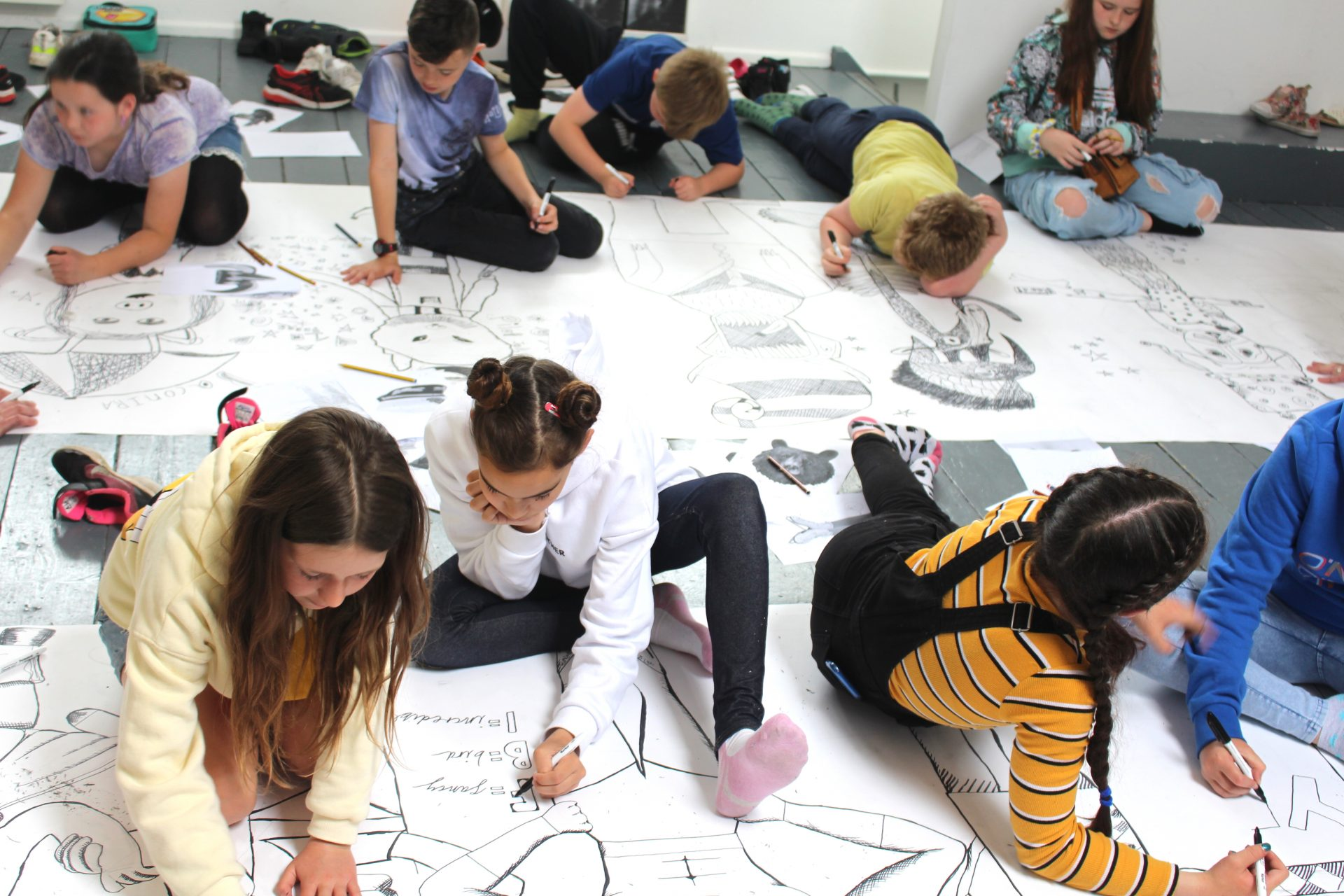 Drawing masterclass at Mission Gallery.