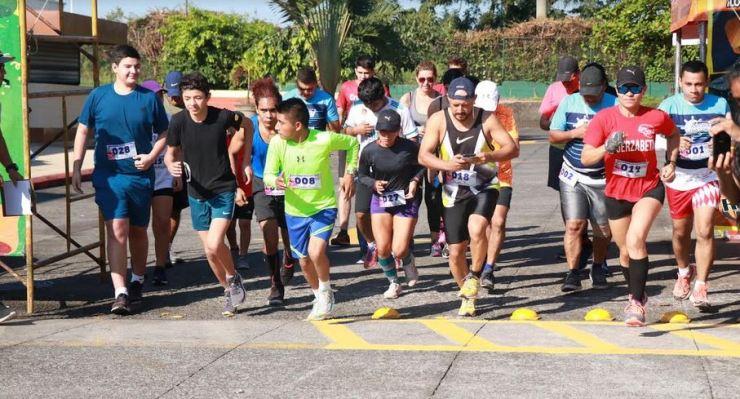 En Suchitepéquez también se realizó una carrera de 5 kilómetros a beneficio de Betancur. (Foto: Cristian Soto)