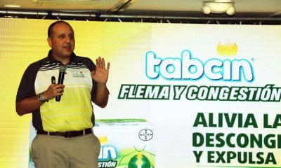 Gustavo Martínez, Gerente de Marketing de Consumer Heart para Centro América y el Caribe, habla sobre el nuevo analgésico Flema y Congestión de Tabcin. (Foto: Carlos Ventura)