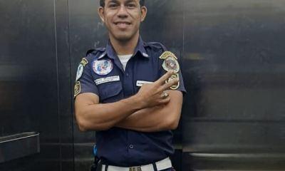 Brandon Gómez Tobar, quien se recupera en un centro asistencial en Mazatenango de los golpes en la columna debido a la caída. (Foto: Cortesía)