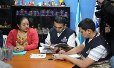El Ministerio de Economía informó que los centros educativos no pueden cobrar multas o moras por atraso en pago de colegiaturas. (Foto: AGN)