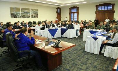 El presidente Alejandro Giammattei le informó al Congreso de la República que su gabinete de gobierno estará en cuarentena por un caso de COVID-19. (Foto: Archivo)