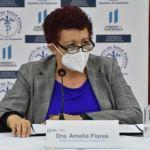 La Ministra de Salud, Amelia Flores, durante la conferencia de prensa donde se dio a conocer que se entregará el kit para tratamiento de COVID-19 en pacientes leves. (Foto: Minsalud)