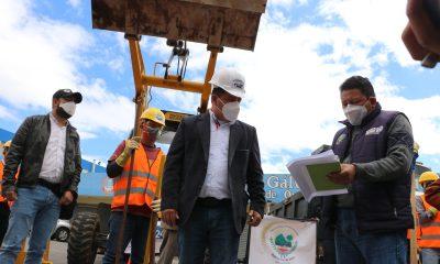El alcalde Juan Fernando López, dio el banderazo de salida de los trabajos de limpieza de drenajes, alcantarillas entre otros, en la zona 2 de Xela.