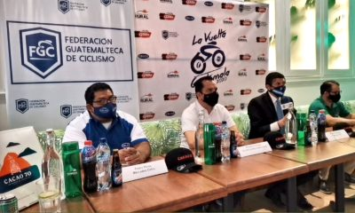 Las autoridades de la Federación Nacional de Ciclismo, dieron a conocer el recorrido y los equipos que participarán en el edición 60 de la Vuelta Ciclística a Guatemala. (Foto: CDAG)